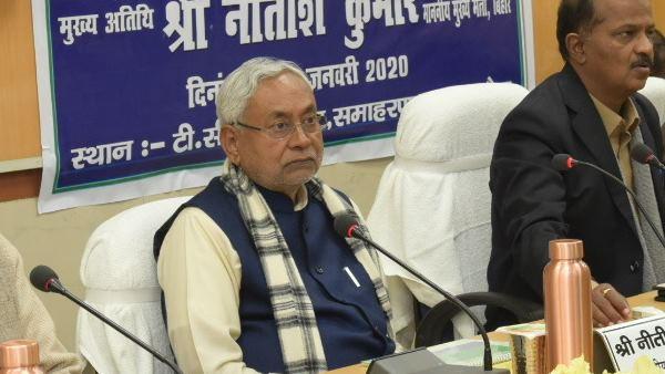 इसे भी पढ़ें- बिहार में एनआरसी कराने का सवाल ही नहीं, सीएए पर फिर से चर्चा हो: नीतीश कुमार