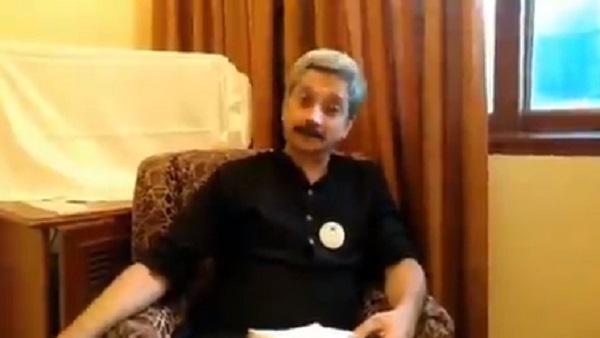 छुट्टी पर भेजे गए मुंबई यूनिवर्सिटी के प्रोफेसर योगेश सोमन, राहुल गांधी पर किया था कमेंट