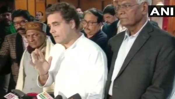 राहुल बोले- PM मोदी में हिम्मत है तो किसी यूनिवर्सिटी में बिना पुलिस के जाएं