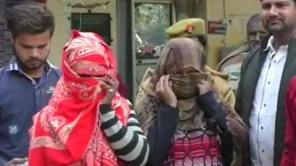 कानपुर: घर में चल रहा था जिस्मफरोशी का धंधा, दो महिलाओं के साथ चार लड़के गिरफ्तार