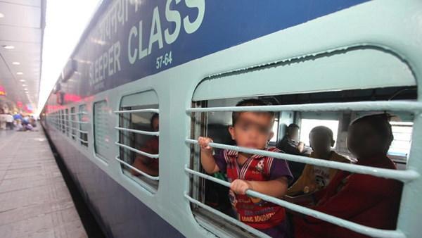 हीरोइन बनने के लिए बच्चे को छोड़ गई थी ट्रेन में, 40 साल बाद वही बेटा अपना हक मांगने HC पहुंचा