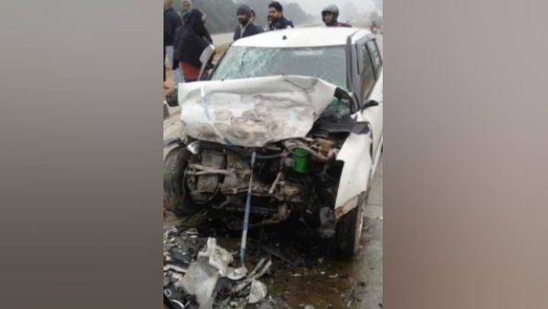 policeman died and three others injured in road accident in meerut
