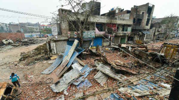 इसे भी पढ़ें- दिल्ली हिंसा: SSC पास कर IAS बनने की तैयारी कर रहे थे राहुल ठाकुर, एक गोली चली और सब खत्म हो गया