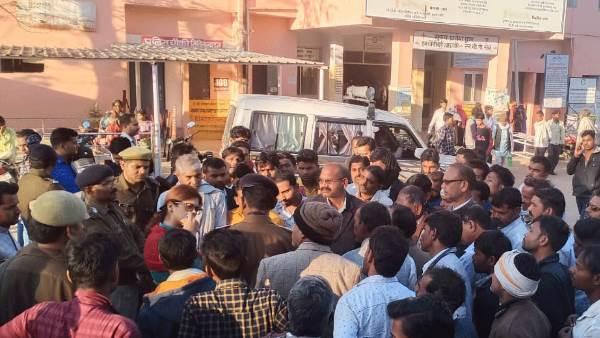 ललितपुर: पुलिस हिरासत में युवक की मौत, चौकी इंचार्ज सस्पेंड