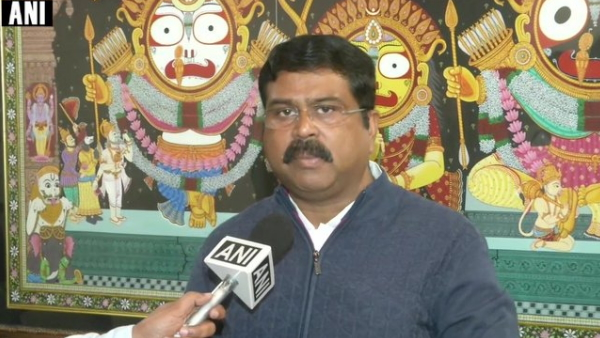 Dharmendra Pradhan hit back at Rahul Gandhi person who is hollow himself will find everything hollow