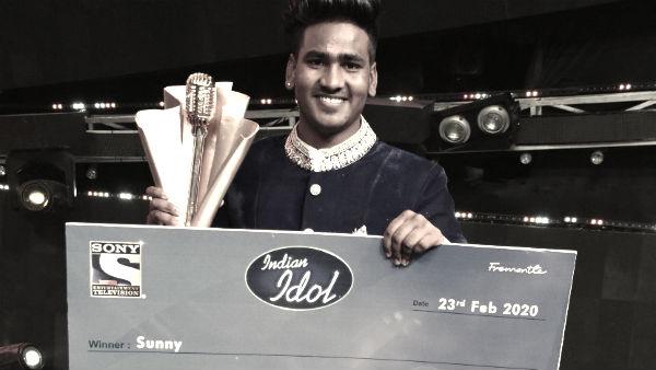 इसे भी पढ़ें- Indian Idol 11: दरगाह से शुरू हुआ था सनी हिंदुस्तानी की गायकी का सफर, कंगना की फिल्म में गा चुके हैं गाना
