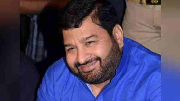 बुलंदशहर: BSP के पूर्व विधायक हाजी अलीम की हत्या मामले में बेटा अनस गिरफ्तार