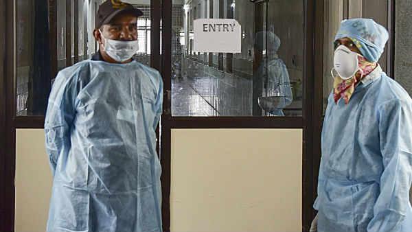 ये भी पढ़ें:कोरोना वायरस से भारत में पहली मौत, 76 साल के बुजुर्ग ने तोड़ा दम