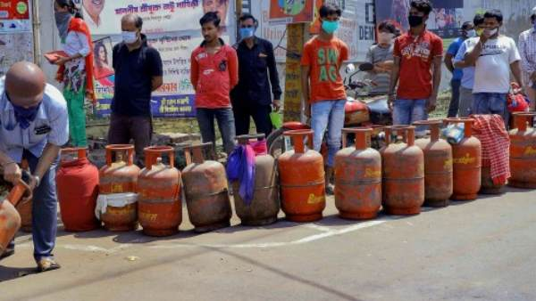 FCS&CA Deptt on 2 month stock of LPG Cylinder in Kashmir, said Some people spreading rumours about stocking of LPG in Kashmir.