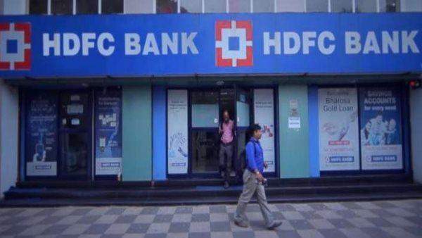 सरकारी बैंकों के बाद अब ये निजी बैंकें भी देंगी लोन EMI में छूट, जारी की गाइडलाइन