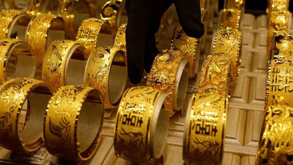 Good News: लॉकडाउन के बीच सोना बनाएगा मालामाल, 55000 के पार जाएगी कीमत