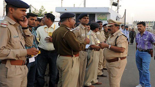 अहमदाबाद में 97 सिपाही कोरोना से संक्रमित, 500 के परिवार क्वारंटाइन में, जानें कितने हुए ठीक
