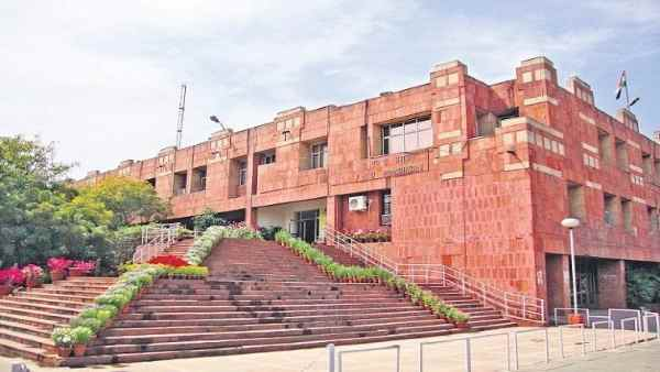 JNU issue circular to vacate the hostel to the students