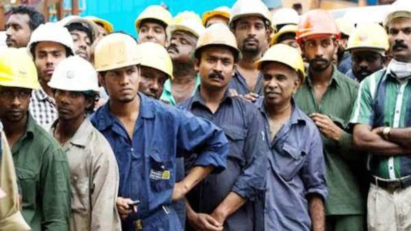 लॉकडाउन: कांट्रेक्ट श्रमिकों पर गिरी बड़ी गाज, बिना भुगतान गुजारे को मजबूर हुए 12 करोड़ श्रमिक