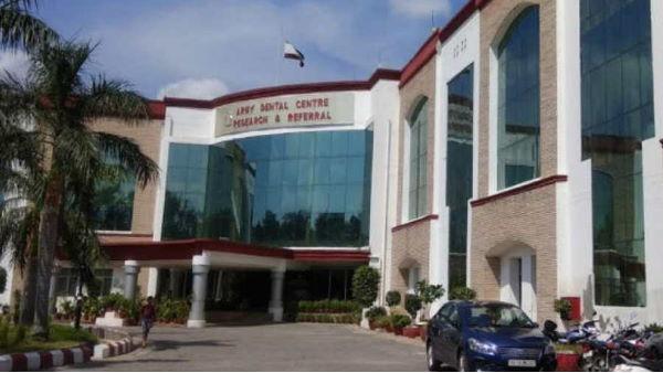 आर्मी R&R अस्पताल में 24 लोगों का COVID-19 टेस्ट पॉजिटिव