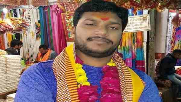 ये भी पढ़ें:- बिहार: भाजयुमो नेता की गोली मारकर हत्या, चुनावी रंजिश के चलते हत्या की आशंका