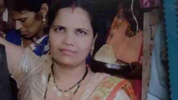 बिजनौर: बीवी की हत्या कर शव को बोरे में बंद कर ले गया पति, फिर खेत पर जला दिया