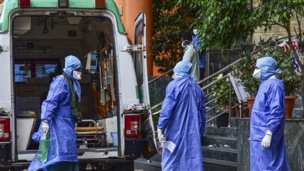 इसे भी पढ़ें- कोरोना वायरस: दिल्ली में रिकॉर्ड 660 नए मामले, 12 हजार के पार पहुंची कुल मरीजों की संख्या