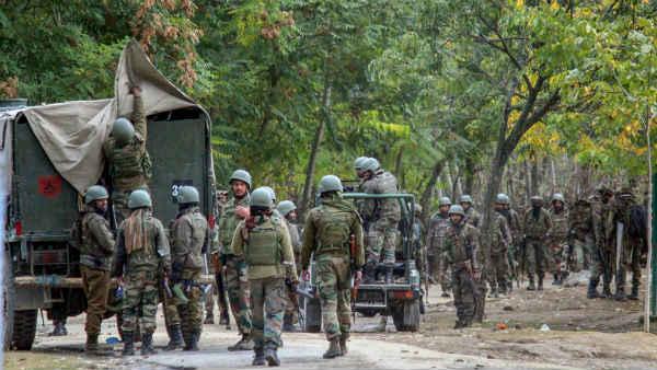 Jammu-Kashmir: शोपियां में फिर से आतंकियों और सुरक्षाबलों के बीच मुठभेड़, अब तक 5 आतंकियों को किया ढेर