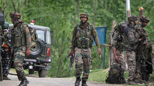 Jammu and kashmir-One terrorist killed in an encounter that has begun at Saimoh area of Tral, Awantipora. Police and security forces are carrying out the operation.