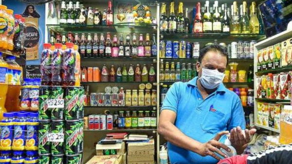 दिल्ली में फिर सस्ती बिकेगी शराब, दिल्ली सरकार ने कोरोना चार्ज हटाने का किया फैसला
