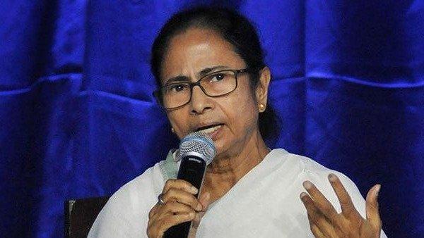 ममता बनर्जी ने केंद्र सरकार से की अपील, PM-CARES फंड से मजदूरों को मिले आर्थिक मदद