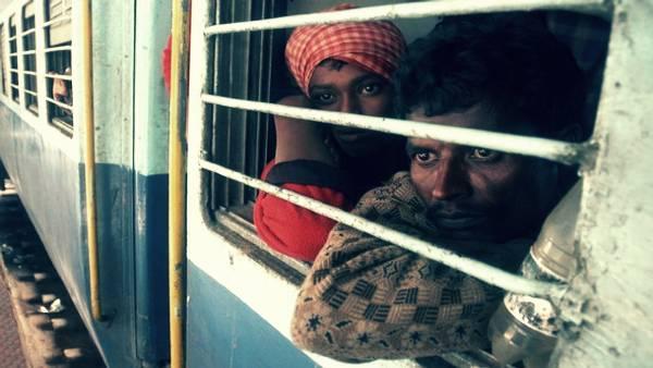 प्रवासियों को मुंबई से लेकर गोरखपुर जाने वाली ट्रेन सुबह ओडिशा पहुंच गई, जानिए रेलवे ने क्या कहा?