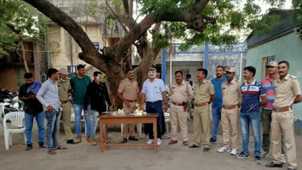 Watch video: In junagarh, policemen celebrate birthdays in police station without social distancing amidst lockdown
