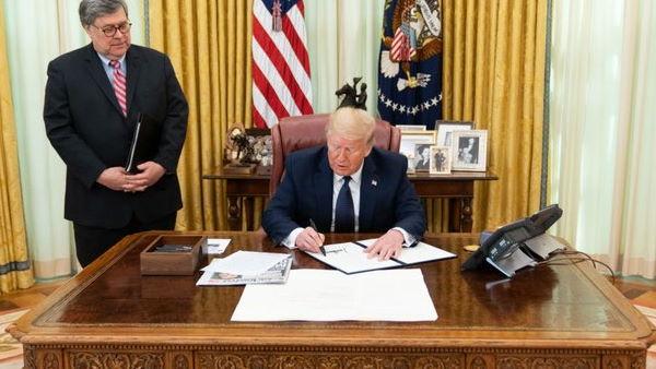 राष्ट्रपति ट्रंप ने ट्विटर पर लगाए गंभीर आरोप, कहा-रिपब्लिकन और प्रेसिडेंट का बना रहे हैं निशाना