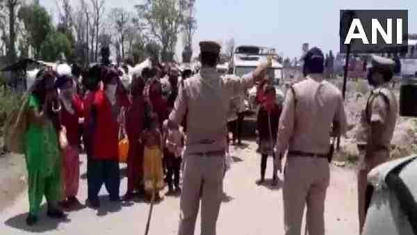Nepali workers in Banbasa Champawat protest against Nepal Government