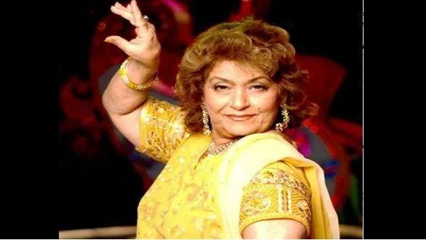 ये भी पढ़ें:- बॉलीवुड को एक और झटका, मशहूर कोरियोग्राफर सरोज खान का निधन