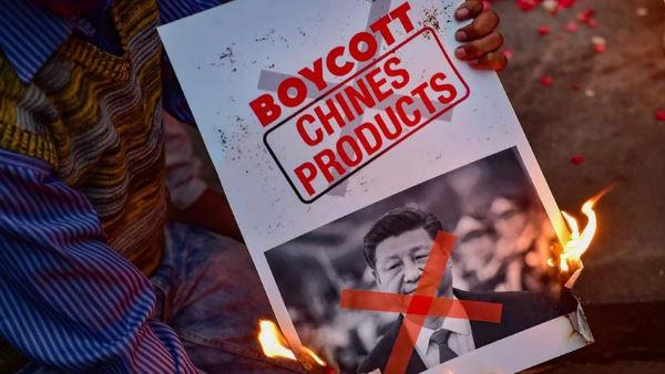 #BoycottChina : जयपुर में दुकानों के बाहर चाइनीज सामानों के बहिष्कार के लगे 15 हजार पोस्टर