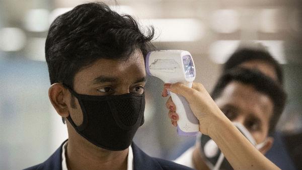 Study: कोरोनावायरस से बचाव में सोशल डिस्टेंसिंग से भी ज्यादा कारगर साबित हो रहा मास्क, जानें कैसे