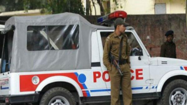 दिल्ली में हो सकता है आतंकी हमला, दिल्ली पुलिस हाई अलर्ट पर