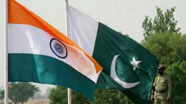 भारत के तेवर के सामने झुका पाकिस्तान, दूतावास के दोनों कर्मचारियों को किया रिहा