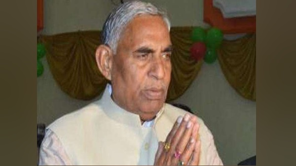 mulayam singh yadav close aide sp leader parasnath yadav passes away in jaunpur