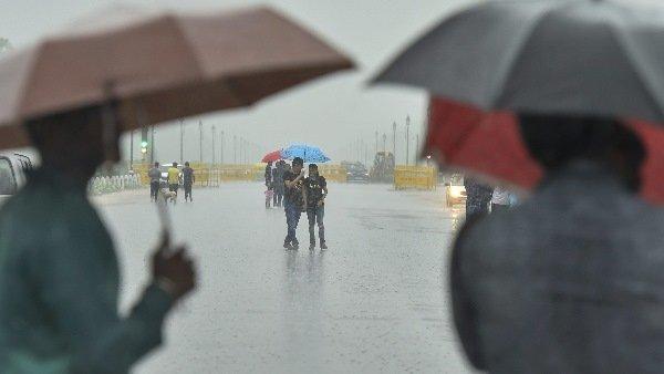 ये भी पढ़ें:- UP Weather: आसमान में छाए बादल, उत्तर प्रदेश के कई जिलों में हो सकती है बारिश