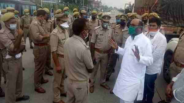 Police detain UP Congress chief Ajay kumar Lallu while he was going to Sonbhadra