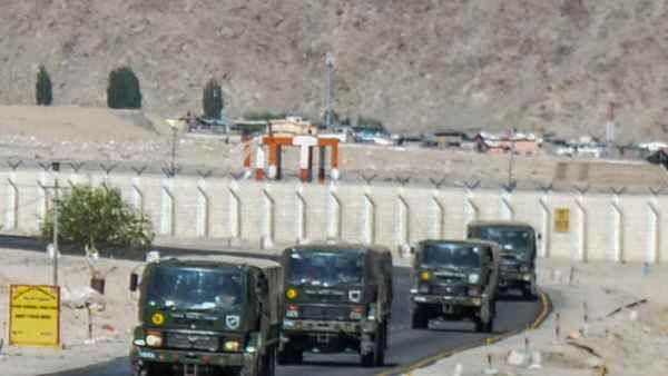 India-China: पूर्वी लद्दाख में फिंगर 4 से पीछे हटे चीन के सैनिक