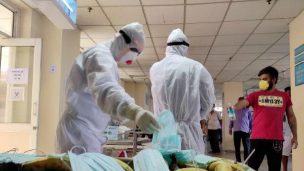 Coronavirus: देश में पिछले 24 घंटे में 24,879 नए मामले, 487 लोगों की गई जान