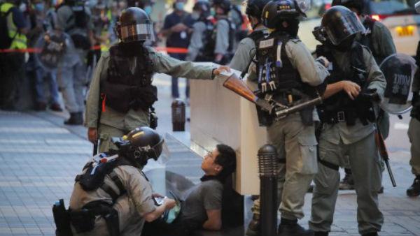 हांगकांग में बढ़ा चीन का अत्याचार, 47 गिरफ्तार नेताओं पर लगाया नेशनल सिक्योरिटी कानून, भड़का अमेरिका