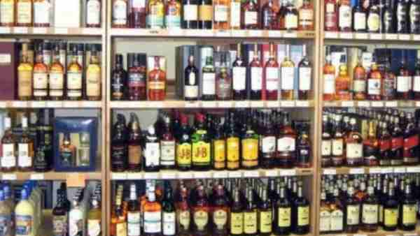 premiere and imported liquor selling in shopping malls in Uttar Pradesh