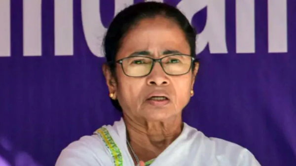 west Bengal cm mamata banerjee attacks on yogi government over journalist murder in ghaziabad