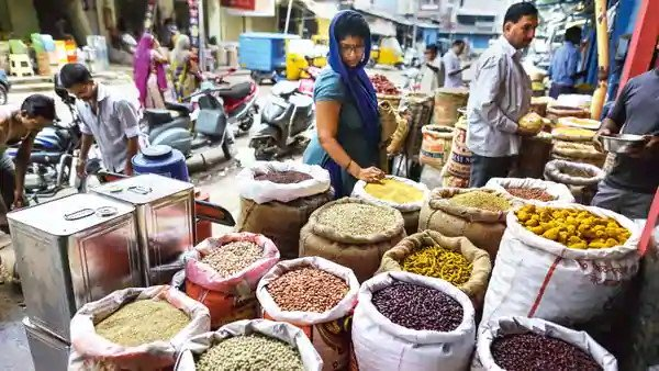 SBI Report says June Retail Inflation Understated Actual Figures Much Higher