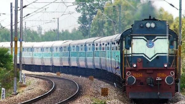रेलवे में नौकरी के लिए आवेदन करने वालों का इंतजार खत्म, जानिए 1.40 लाख पदों के लिए कब होगी परीक्षा