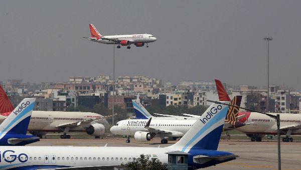 अभी नहीं शुरू होंगी अंतरराष्ट्रीय उड़ानें, सरकार ने 30 सितंबर तक बढ़ाया प्रतिबंध