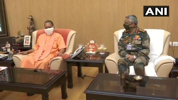 ये भी पढ़ें- आर्मी चीफ जनरल नरवणे का लखनऊ दौरा, सीएम योगी से की मुलाकात