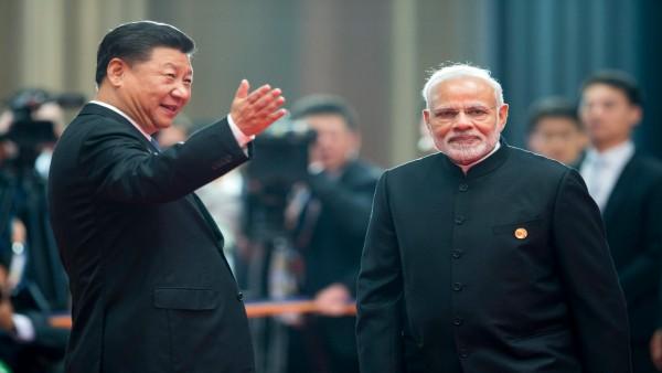 वैश्विक एकजुटता से भारत के सामने घुटने टेकने को मजबूर है चीन, इन हरकतों से समझें हकीकत?