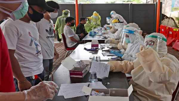 Coronavirus cases cross 25 million in the world; around 8.5 lakh people died after 9 months
