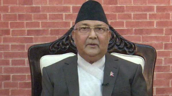 बैकफुट पर आया नेपाल, भारतीय न्यूज चैनलों के प्रसारण से रोक हटी